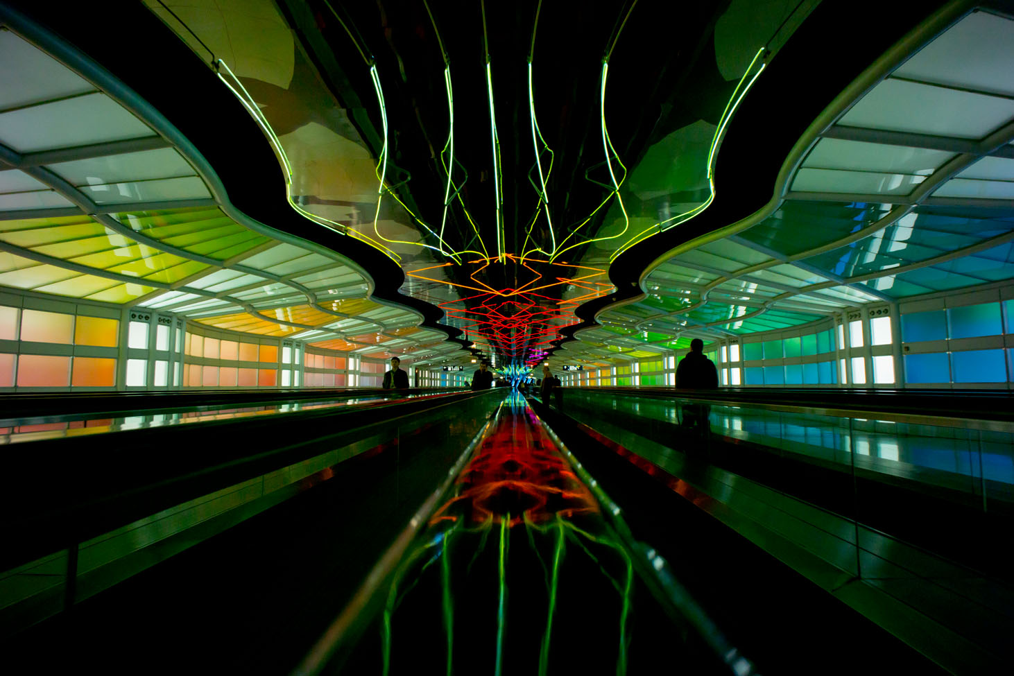 D1XTE1 Connecting walkway at O'Hare International Airport, Chicago, Illinois, USA. Image shot 2012. Exact date unknown.