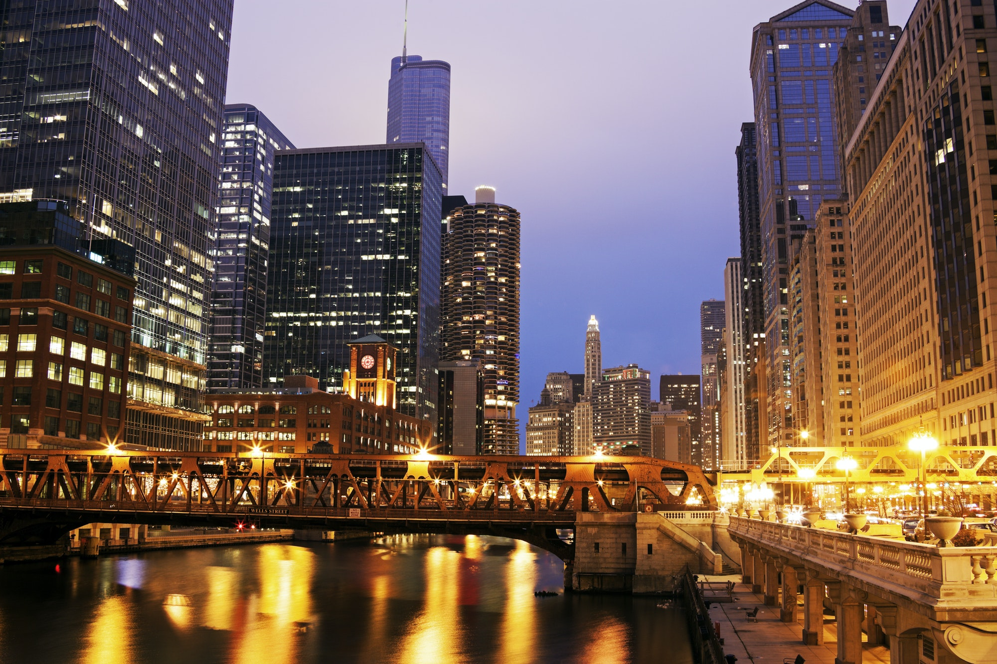 Architecture of Chicago along Chicago River
